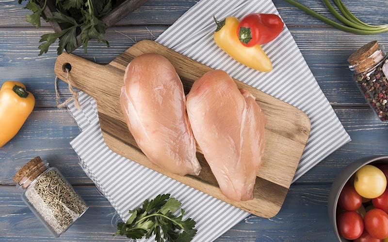 Ức gà - thực phẩm số 1 về protein